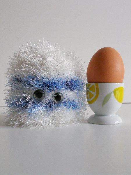 Eierwärmer blau-weiß