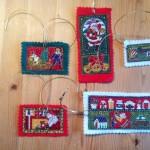 Drittens: Handgefertigte Geschenkanhänger mit Motiven aus Baumwollstoff, Filz - das ist die Vorderseite