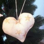 Anhänger Herz, aus Baumwolle mit Sternen bedruckt